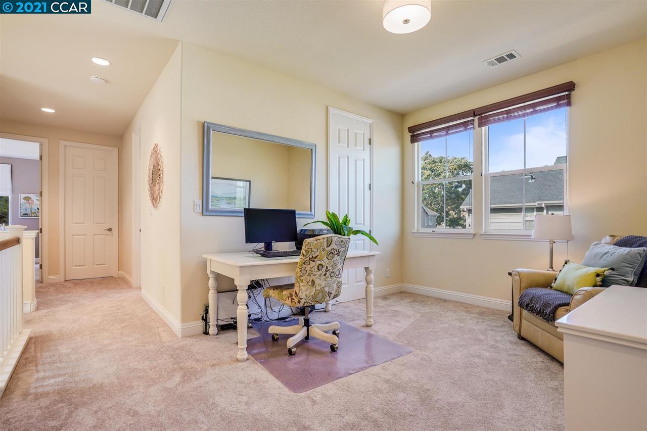 Office Loft or Bedroom