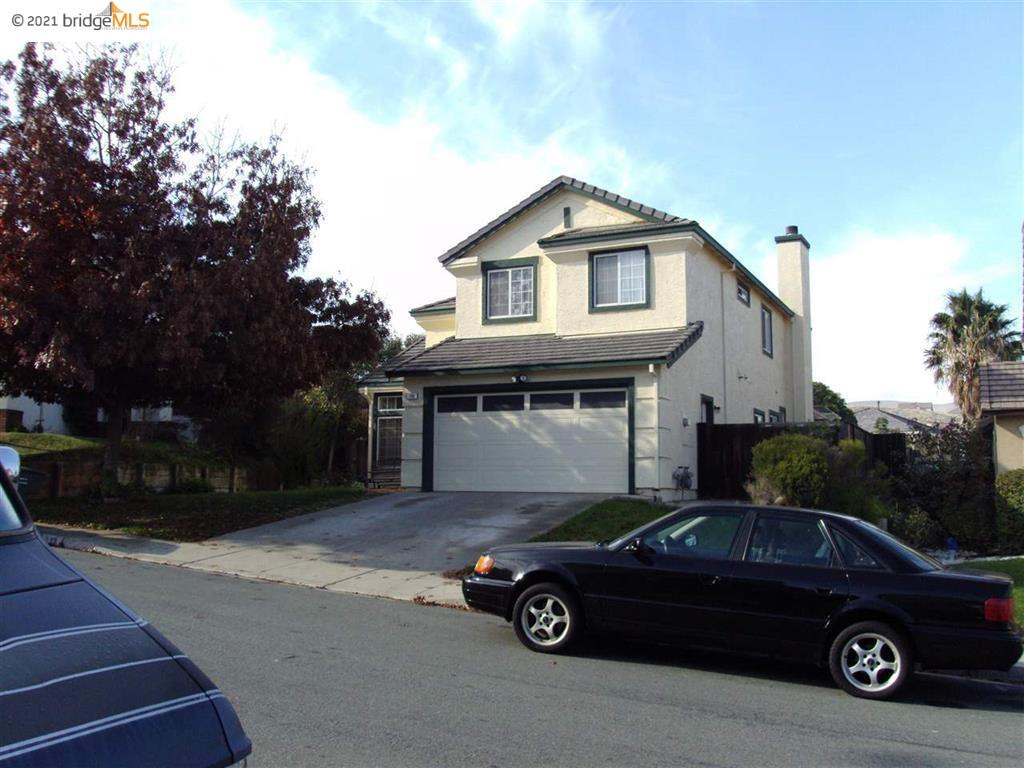LOCATION LOCATION!!!, RARE 5BED-3BATH HOME IN THE DESIRABLE OAK HILLS LOCATION. MINUTES WALK TO BART STATION, CLOSE TO SHOPPING . SOLD STRICKTLY IN AS IS CONDITION AND PRICED ACCORDINGLY